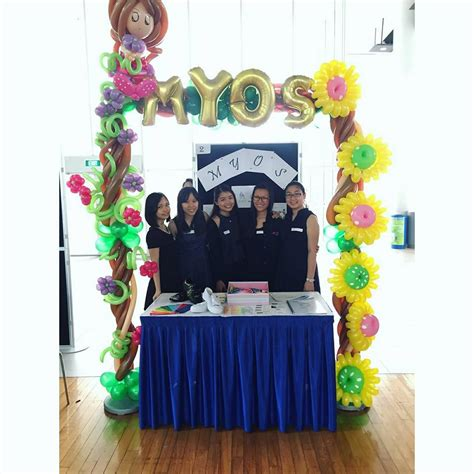 Decor How To Decorate A Booth For A Trade Show How To Decorate A Booth For A Trade Show Photos | balloon booth decorations that balloons
