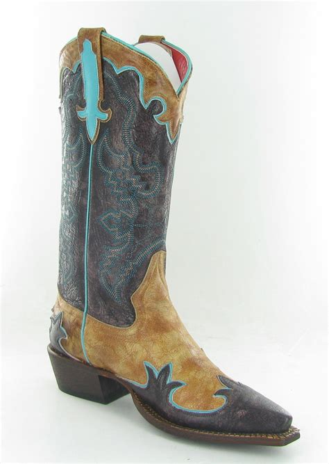 Boot Giveaway - anderson bean cowboy boot giveaway horses heels
