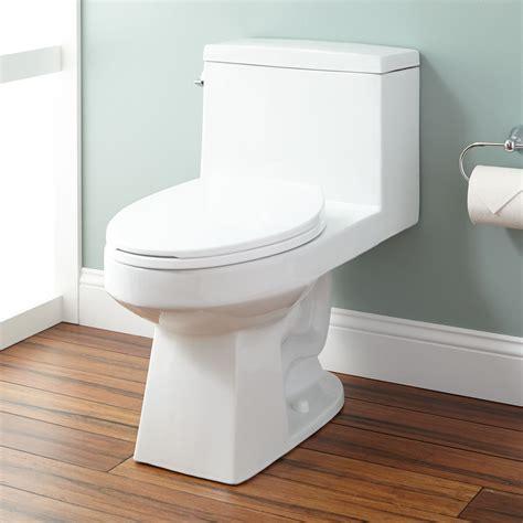 burnside siphonic elongated one toilet one