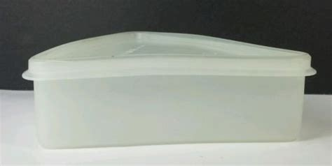 Tuperware Guava New Shelf Saver Promo tupperware pie wedge slice saver storage container white 268 16 269 13 other