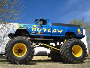 file outlaw monster truck jpg