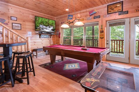 Cabins In Pigeon Forge With Pool Access by Pigeon Forge Cabin Family Traditions 4 Bedroom