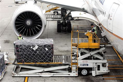 asia pacific leads  global air freight market share