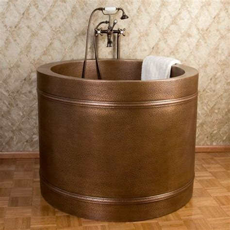 japanese style bathtub japanese style soaking tub misc awesomeness pinterest