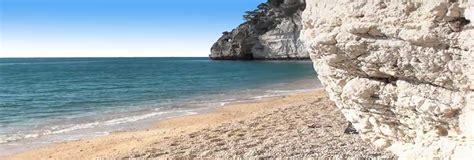 sulla spiaggia puglia spiagge puglia le 12 pi 249 spiagge della puglia