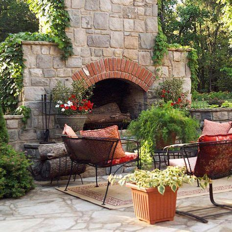 Chiminea Seating Area by 17 Best Ideas About Outdoor Fireplaces On