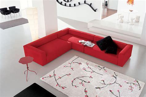 divano rosso divano rosso e pareti idee per il design della casa