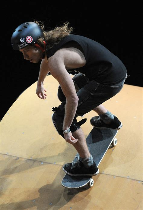 how to your to ride a skateboard how is to ride a skateboard