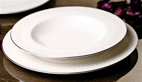 servizi da tavola moderni servizio piatti porcellana tavola