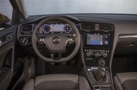 volkswagen golf interni 2017 volkswagen golf 1 5 tsi evo review autocar