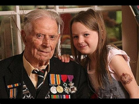 the last fighting the of harry patch last veteran of the trenches 1898 2009 books harry patch the last