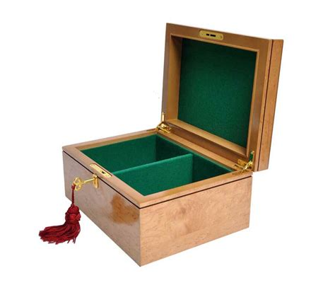 House Of Staunton by Premium Chess Box Bird S Eye Maple With House Of