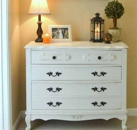 White Vintage Dressers by 8 Reasons And 28 Exles To Use Vintage Dressers In Your