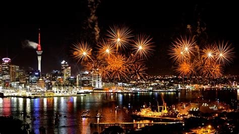 new year 2015 wellington fireworks fireworks for fawkes new zealand now