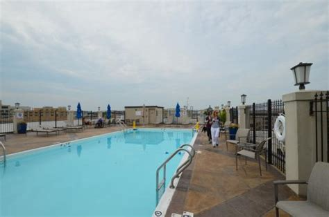 holiday inn central white house rooftop pool picture of holiday inn washington dc central white house