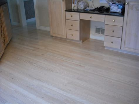 Bleaching Hardwood Floors by Oak Bleached White Stain 6 Coats Of Water Base