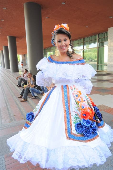 traje del sanjuanero huilense mujer y hombre para colorear arte cultura y turismo traje sanjuanero huilense mujer