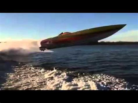offshore boats jumping cigarette boat jump www pixshark images galleries