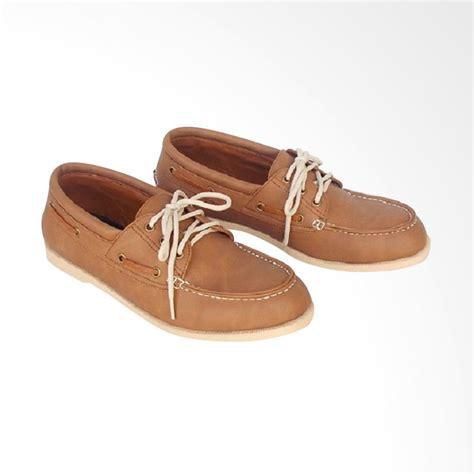 Sandal Casual Semi Kulit Pria Bandung Sandal Slif On Kulit Trendy jual wetan shoes handmade bandung rajut klasik sepatu kulit casual pria harga
