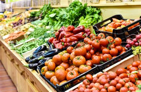 best organic foods how costco became the top organic food retailer well
