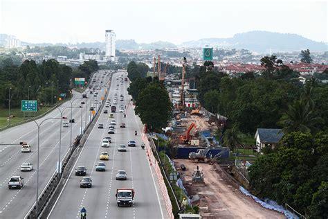 Di Cihelas Grand Saga Expressway Cheras Kajang Expressway E7