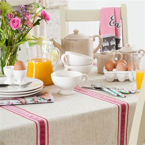 Breakfast Table Ideas | country breakfast table dining ideas image