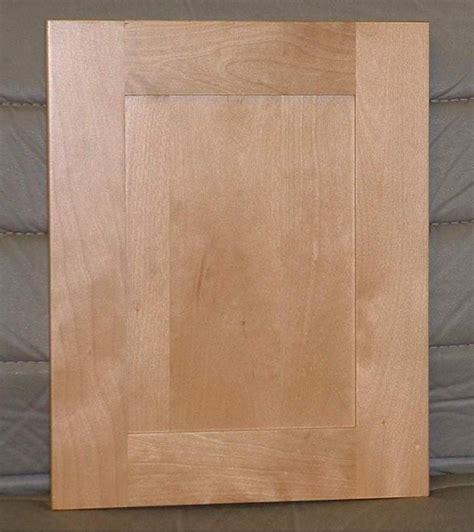 06mapleshaker Maple Shaker Cabinet Doors