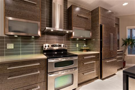 Countertop Winnipeg by Kitchens Winnipeg Modern Kitchens Winnipeg
