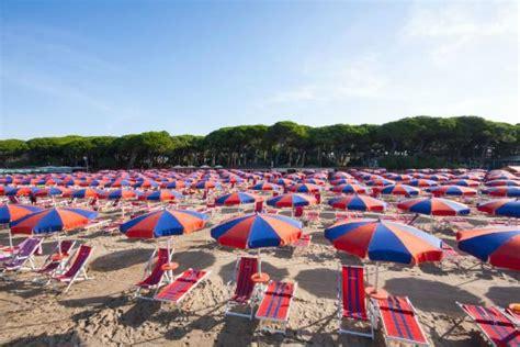 bagno pineta follonica la spiaggia bagno pineta foto di hotel la pineta