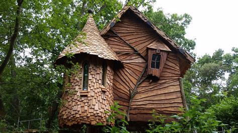best treehouses best treehouses best tree houses ward log home throughout