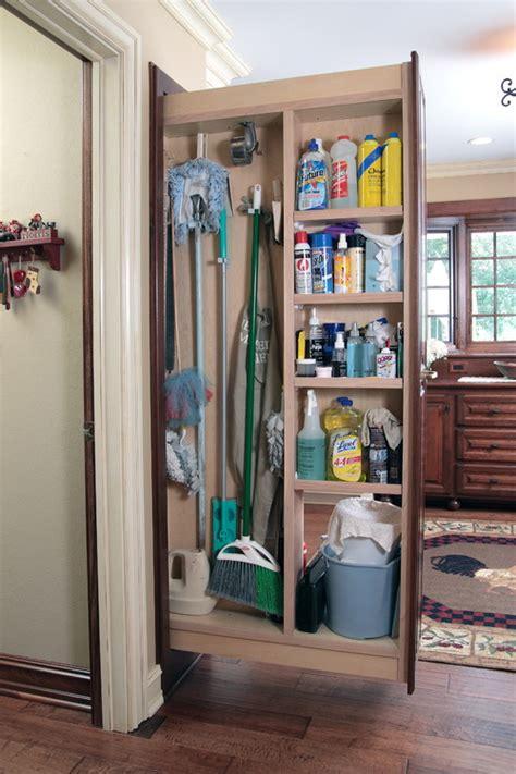 cleaning closet ideas 5 tipps f 252 r einen gut organisierten haushaltsschrank