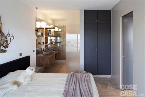 persone fanno l nel letto in 57 mq due bagni per la casa dagli incastri perfetti