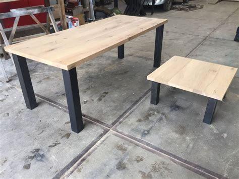 poten onderstel salontafel tafel eiken blad met standaard stalen 4 poten onderstel
