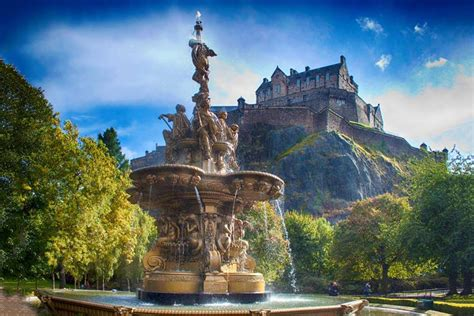 edinburgh tattoo shearings coach holidays trips to edinburgh coachholidays com