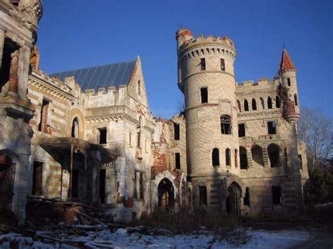 30 castle architecture projects