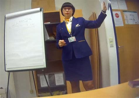 cabin crew ryanair ryanair agrees to new rights for cabin crews daily mail