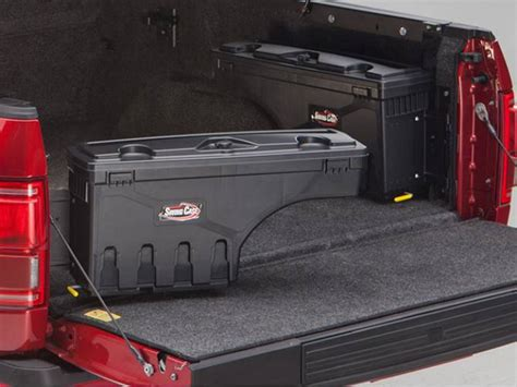 truck bed covers with tool box 2014 chevy silverado 1500 undercover swing case toolbox
