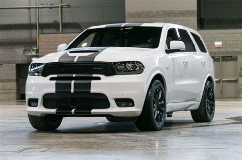 2018 durango black 2018 dodge durango r t and srt gets stripes and more mopar