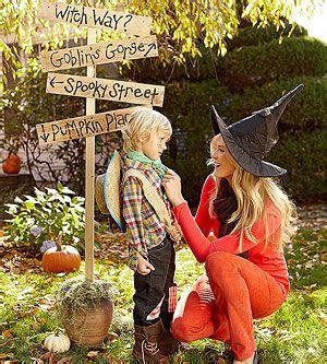 halloween backyard party throw a backyard halloween party pumpkins planters and
