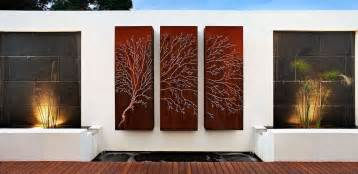 Outdoor Wall Decor Ideas by How To Beautify Your House Outdoor Wall D 233 Cor Ideas