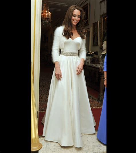 hochzeitskleid chagner kate middleton elle a chang 233 de robe pour le gala