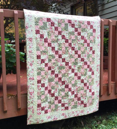 Patchwork Quilted Throw - quilt quilt quilted throw patchwork quilt floral
