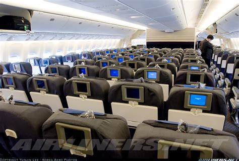 Boeing 777-222/ER - United Airlines | Aviation Photo ... United Airlines 777 Interior