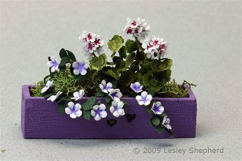 dolls house flowers make stunning miniature plants and flowers from paper