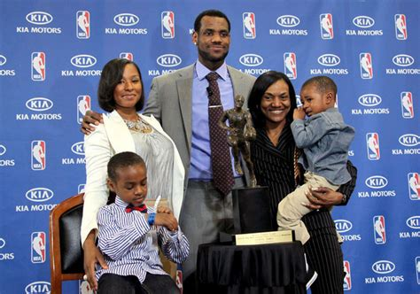 lebron james biography family lebron s friends and family lebron james