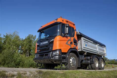 zorlu inşaat sahalarinin yeni yildizi scania xt kamyon