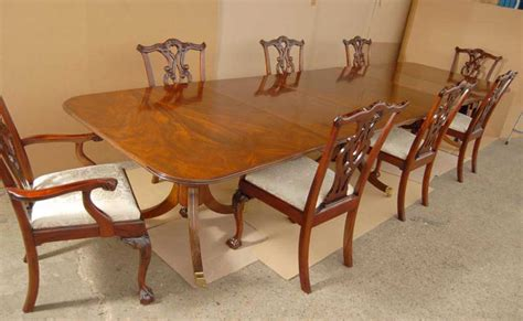 Pedestal Dining Table With Chairs Regency Pedestal Dining Table Chippendale Chair Set