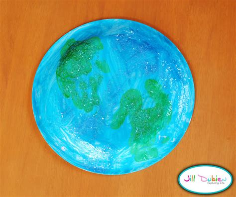 Earth Day Paper Crafts - earth day craft print earth plate munchkins and