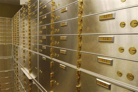 Safety Deposit Box diamonds gems safe deposit box insurance company