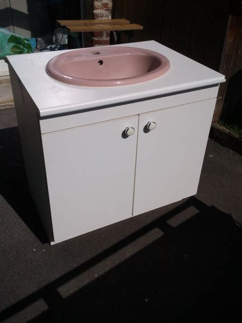 lavabo avec meuble lavabo meuble sur enperdresonlapin